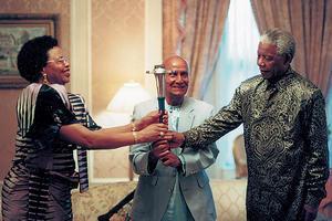 Sri Chinmoy et Nelson Mandela